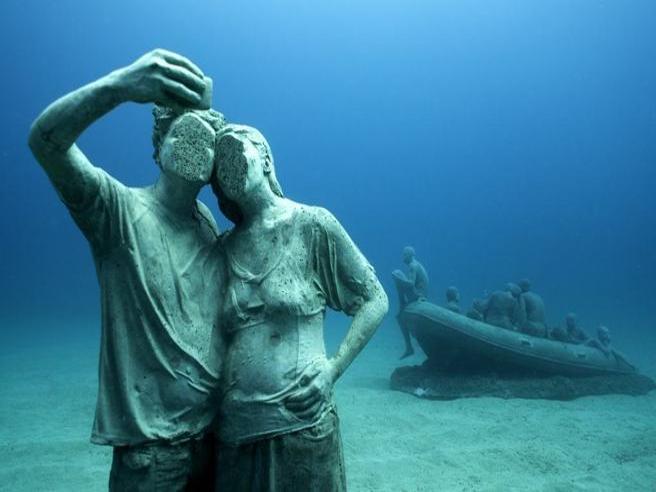 Sui fondali di Lanzarote ha aperto il primo museo sottomarino d'Europa