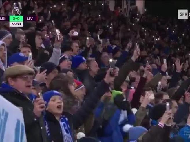 Tutto lo stadio canta per Ranieri, l'omaggio da brividi dei tifosi del Leicester