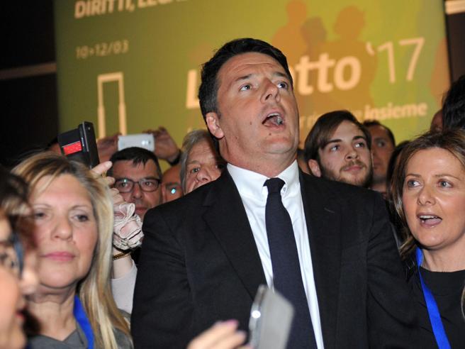 Lingotto, Delrio: «Renzi come Maradona». Gentiloni: «Qui per futuro dell'Italia»|  Diretta