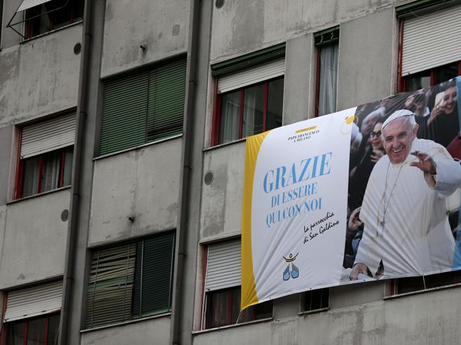 Il Papa arriva a Monza: folla  La diretta Il racconto del Corriere  in tempo reale