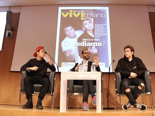 Benji & Fede, bagno di folla al Corriere: «Bravi ragazzi fino a prova contraria»