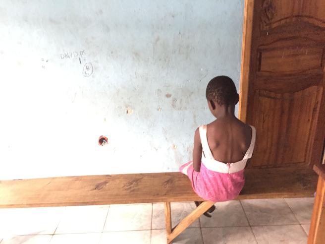 Rapite, violentate e  costrette a combattere: ecco le schiave del Congo Il videoreportage
