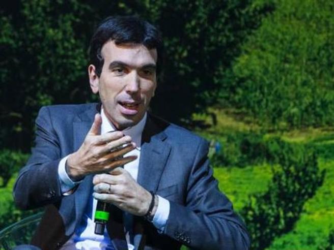 Politiche agricole e primarie del Pd, Maurizio Martina ne parla a #Corrierelive  Diretta