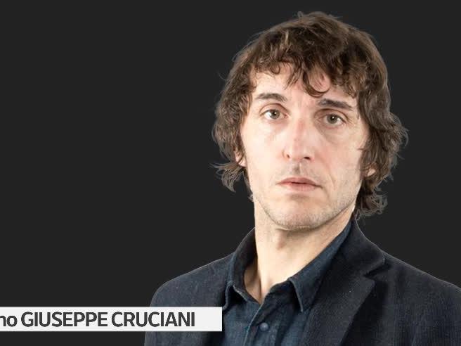Giuseppe Cruciani, giornalista di Radio 24: «Sono refrattario all'acqua, mi lavo poco»