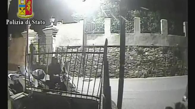 Così    rubavano gli  scooter  per poi spedirli    in UcrainaGuarda il video