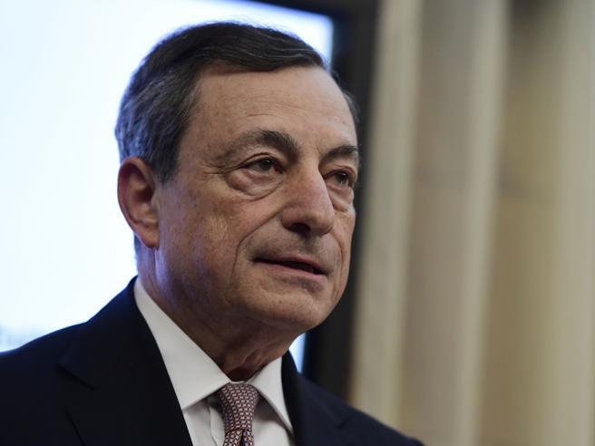 Il presidente della Bce Mario Draghi...</div></li>         <li class=