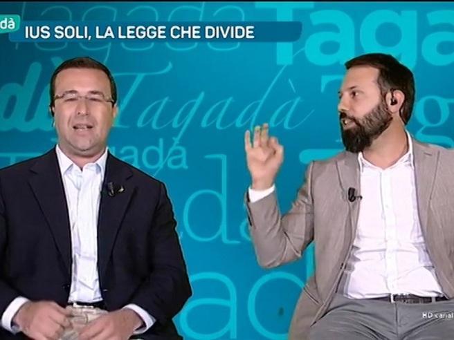 Ius soli, Candiani (Lega) contro Piccardo: «È già buono che non mi abbia messo un coltello alla gola...»