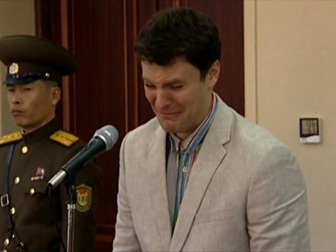 È morto lo studente americano Otto: condannato in Nord Corea per aver rubato un poster