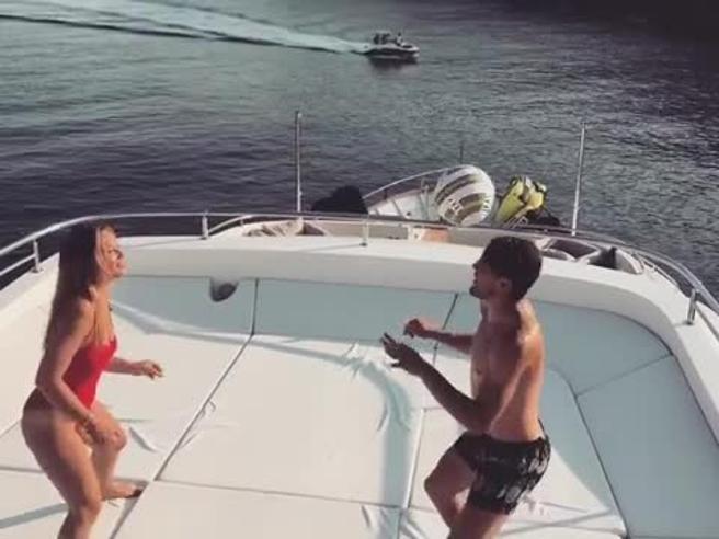 Kovacic si allena in barca con la moglie Izabel