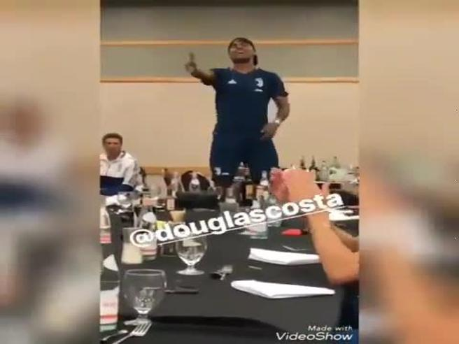 Juventus:  per De Sciglio, Douglas Costa, Szczesny e Bentancur  il battesimo canoro in bianconero