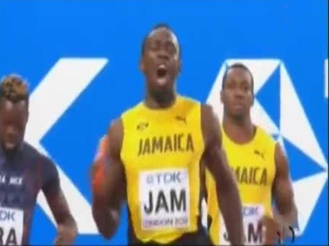Mondiali di atletica, l'urlo (e la parolaccia) di Bolt al momento dell'infortunio