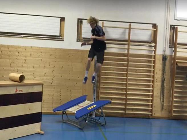 45 secondi di puro spettacolo: ecco come si allena il campione di freeskiing