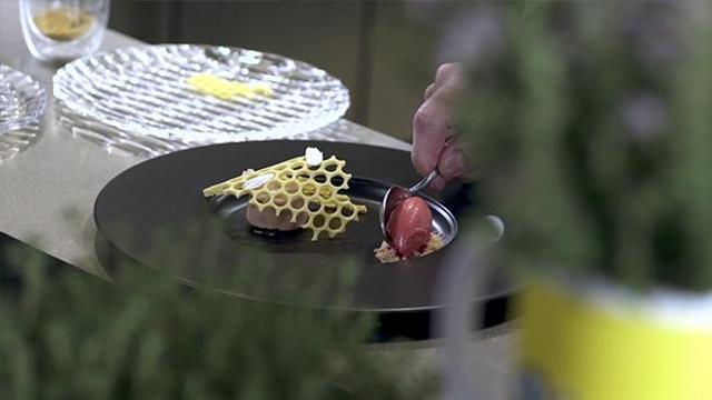L\'equilibrio nei contrasti. Il timo in cucina - Corriere TV