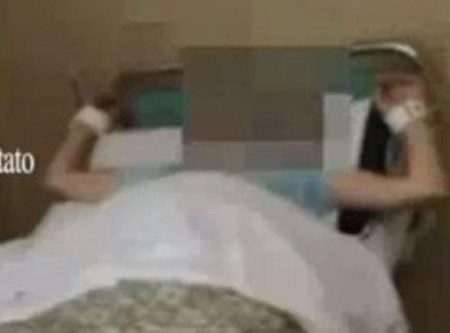 Predappio, maltrattamenti in casa per anziani: sospeso sacerdoteIl video degli abusi