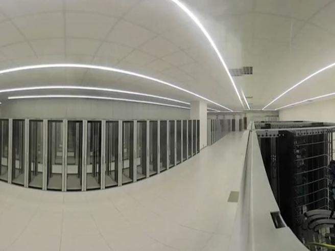 Aruba apre a Bergamo il più grande Data Center in Italia: il tour a 360 gradi