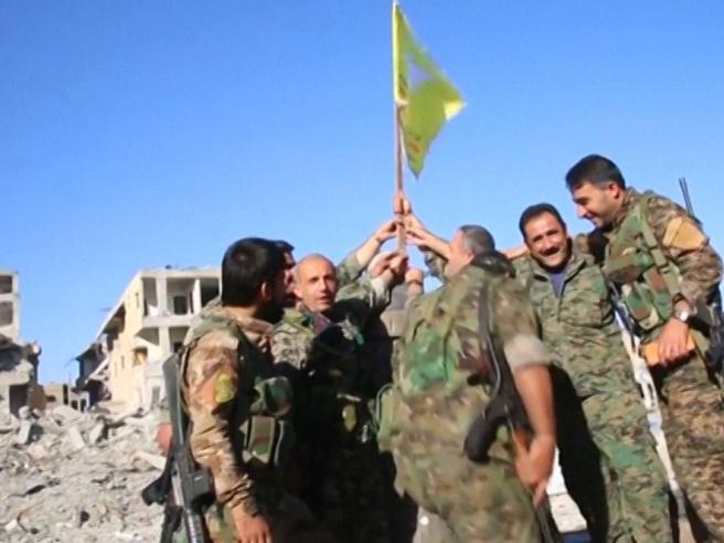 Raqqa, i due volti della vittoria militare