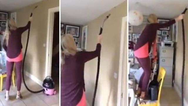 Laspirapolvere per togliere il ragno sul muro della cucina: la