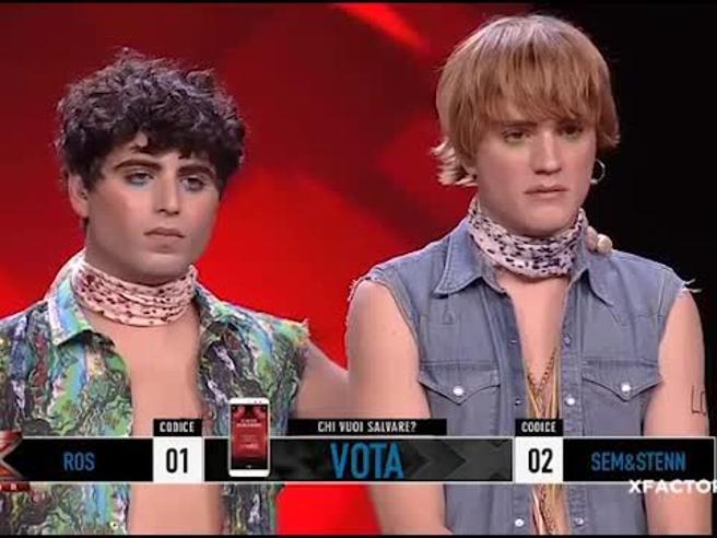 X Factor 11, «Sem e Stenn» eliminati. Agnelli deluso: «Il pubblico tenga presente che negli ultimi anni non è uscita nessuna hit da qui»