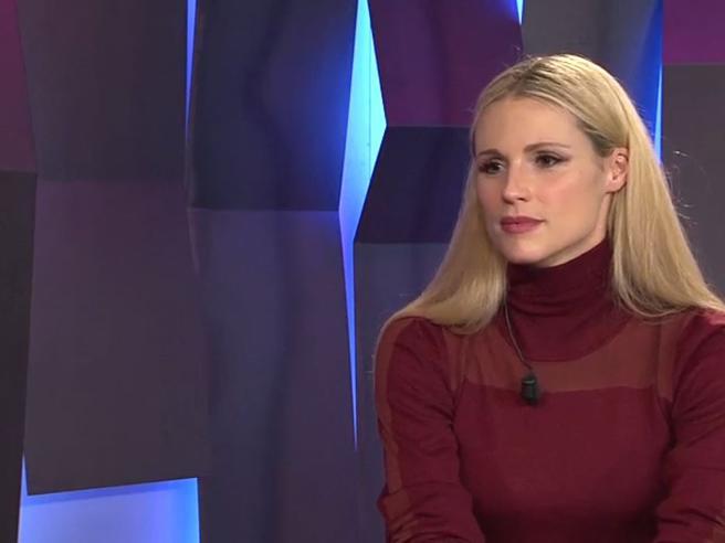 Michelle Hunziker: «Punita e denigrata, il mio incubo dentro la setta. Insieme a me gente insospettabile»