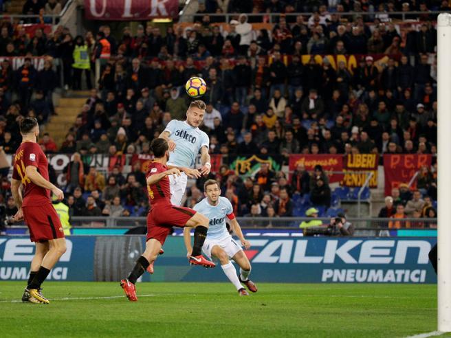 Roma-Lazio, il gol in fuorigioco di Immobile