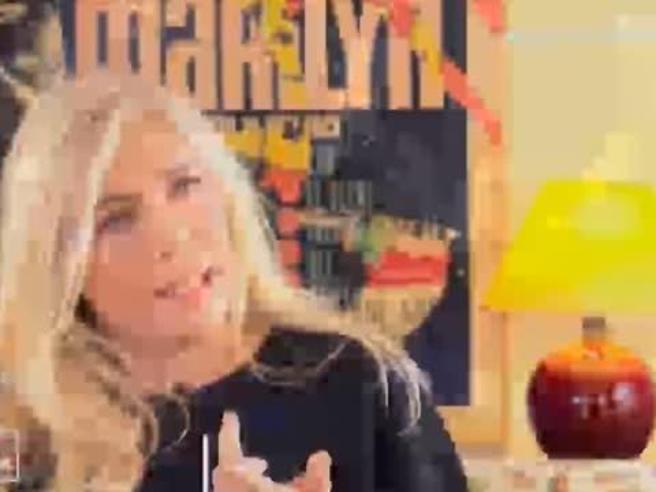 Mara Venier molestata da piccola: «Bisogna denunciare» video