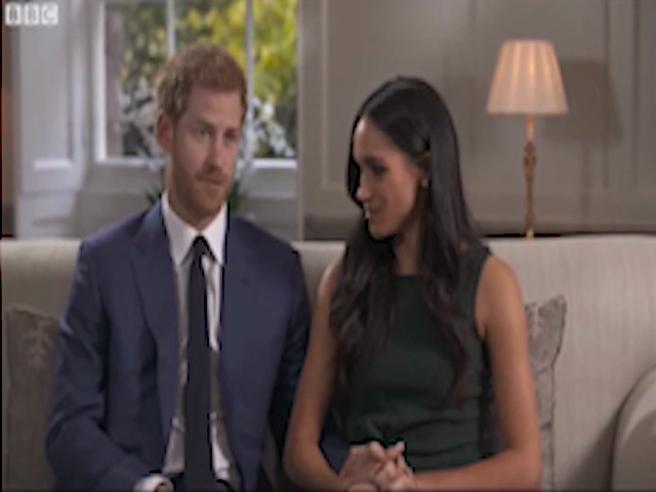 Harry e Meghan presto sposi. Lei alla Bbc: «Deprimenti i commenti sulla razza»