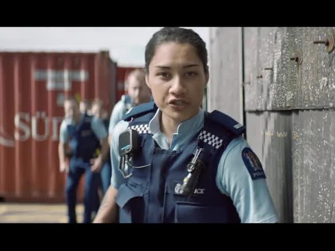 Attenzione, dopo aver visto questo video vorrete entrare nella polizia (della Nuova Zelanda)