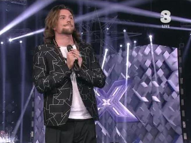 X Factor, il fuorionda di Nigiotti che manda «vaffa» James Arthur (e tutti gli inglesi)