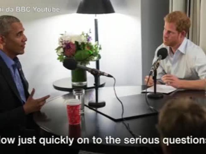 Harry intervista Obama: «Meglio i Queen o The Queen?»