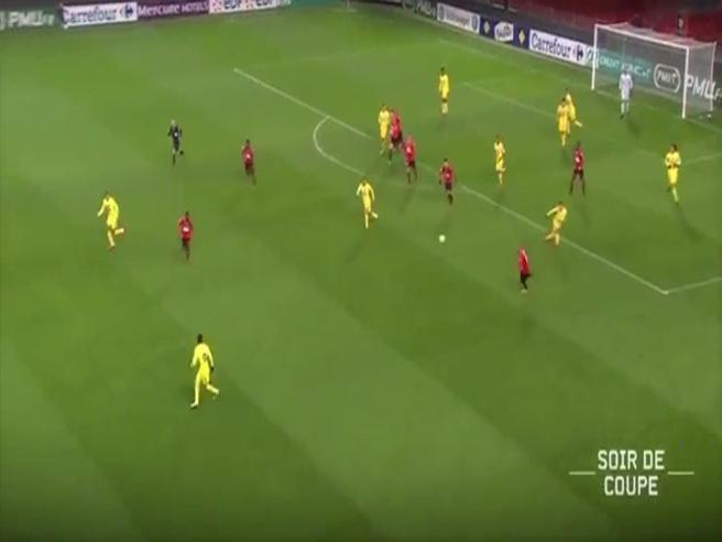 Contropiede veloce e passaggi millimetrici: il gol di Neymar è un capolavoro