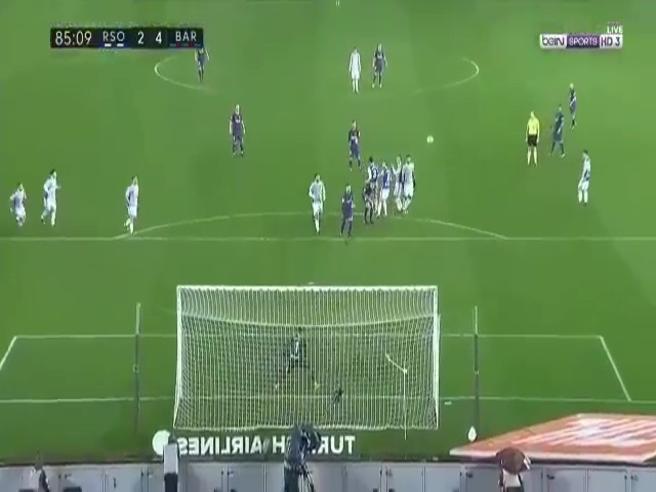 Messi, traiettoria da fantascienza: il gol su punizione è uno spettacolo