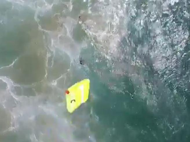 arriva il drone bagnino. Il primo salvataggio in Australia