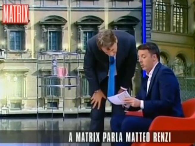 Renzi a Matrix: «Sul conto ho 15.859 euro Meno di quando sono diventato premier» video