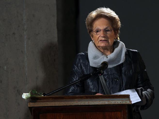 Giorno della Memoria, la testimonianza di Liliana Segre di fronte a 2.400 studenti Live