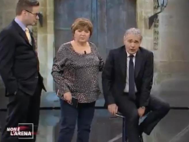 Massimo Giletti ha un  malore in diretta, sospesa «Non è l'Arena»