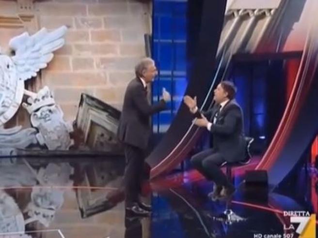Furia Giletti in tv contro il capogruppo di FI dell'Assemblea Siciliana, Giuseppe Milazzo: «Non venga qui a fare il pagliaccio»   Video