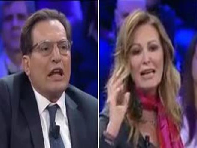 Lo scontro tv Santanchè-Crocetta diventa quasi uno sketch comico