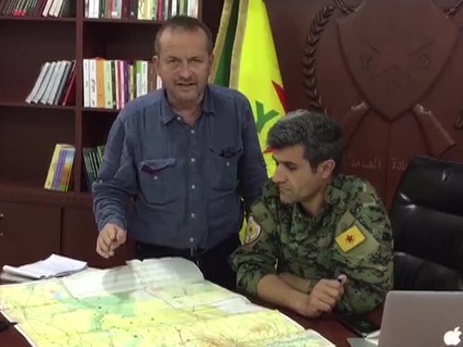 Sulle colline dei curdi arrivano i rinforzi di Assad: «Batteremo i turchi»