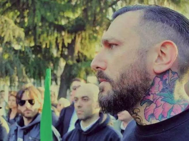 Palermo, il video del  pestaggio del militante di Forza Nuova