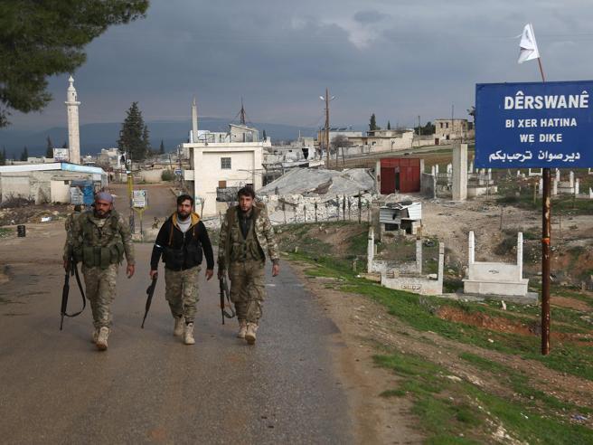 Siria, la guerra ombra: «Attacco Usa, 100 russi morti»