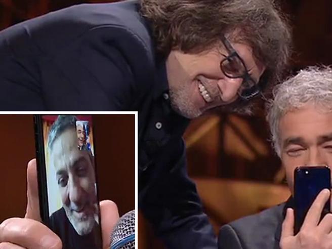 Fiorello al telefono con Giletti: «In Rai ti vogliono ancora»