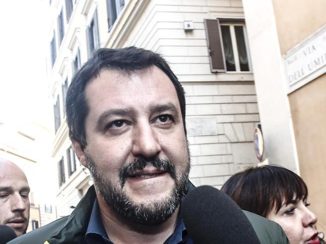 Matteo Salvini parla in diretta alla sala stampa estera