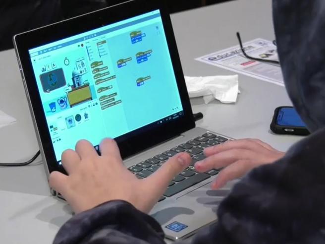 «Andiamo a programmare!»: il racconto di una mattinata di coding con i bimbi al Corriere