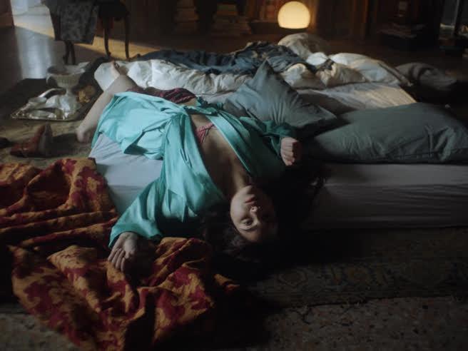 «Elizabeth», l'amore è crudele ma è l'unica cosa che c'èIl film integrale