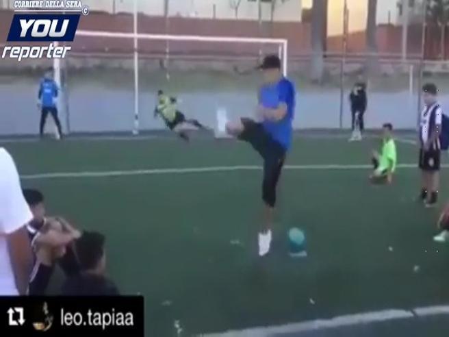 Il rigore che non si può parare: ecco l'invenzione incredibile del giocatore argentino