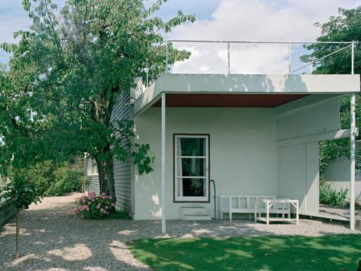 Una piccola casa sul lago for Planimetrie della piccola casa sul lago