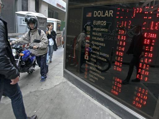 Non solo Argentina: 10 paesi sull'orlo del default