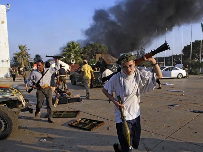 Armi chimiche Gheddafi prese da milizie». L'allarme del giornale arabo