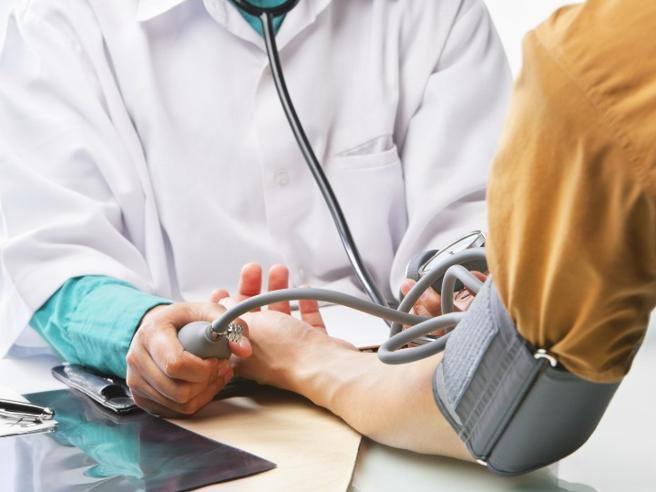 Симптомы артериальная гипертонии - Lipertensione perché non può bere