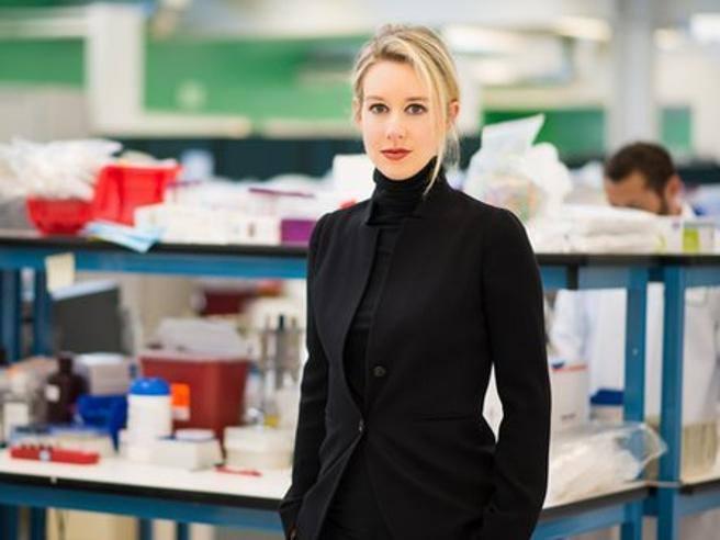 Elizabeth Holmes, la miliardaria più giovane al mondo che si è fatta da sé